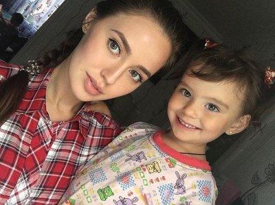 Возможная пассия Дмитрия Тарасова рассказала о своей дочери