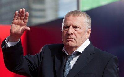 Жириновский скорбит о смерти Децла