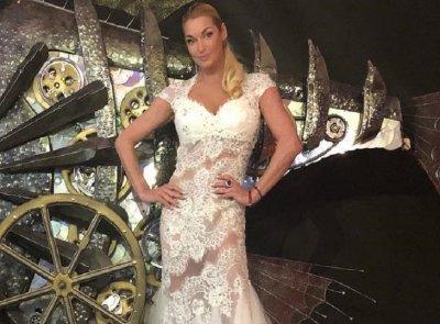 «Шо опять?»: Волочкова выбирает свадебное платье
