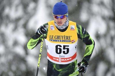Лыжник Полторанин после скандала с допингом улетел в Москву
