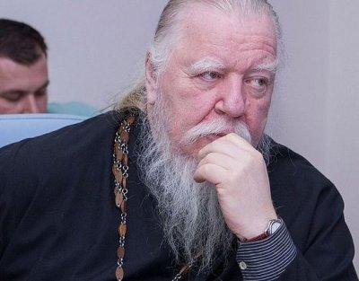 В РПЦ ответили на заявление протоиерея о россиянах