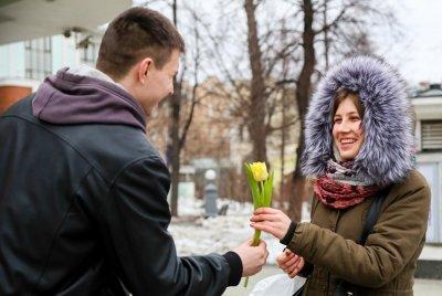 В Москве праздничную программу к 8 марта подготовили 18 парков