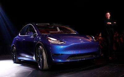Tesla представила кроссовер Model Y