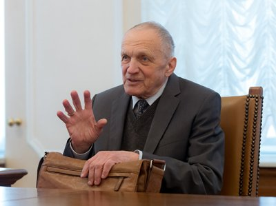 Владислав Тетюхин: как пенсионер миллиардером стал