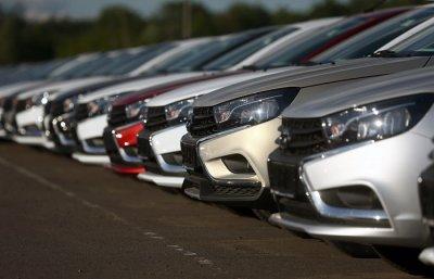 «Не соответствуют экологическим нормам»: «АвтоВАЗ» прекращает поставки машин в Европу