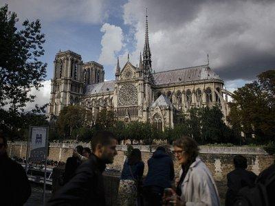 Собор Парижской Богоматери: история создания  символа французской столицы