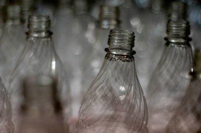 Треть проверенной водки на российском рынке оказалась нелегальной