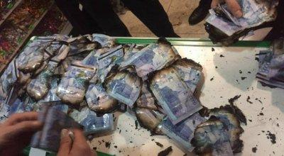 Житель Брянска случайно сжег 1,5 млн рублей, собранных на новую квартиру