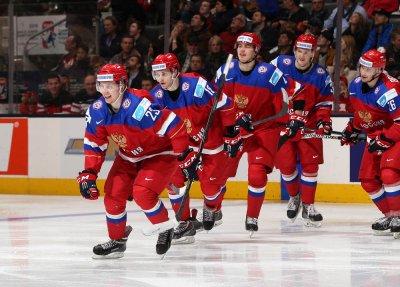 Сборная России сыграет с Белоруссией в 1/4 финала ЮЧМ-2019 по хоккею