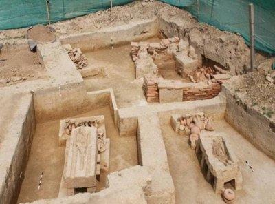 Что нашли археологи в 4000-летней священной гробнице