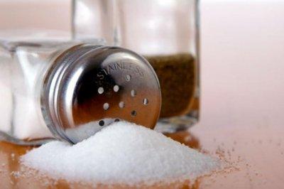 Эксперт рассказала, как избавиться от избытка соли в рационе