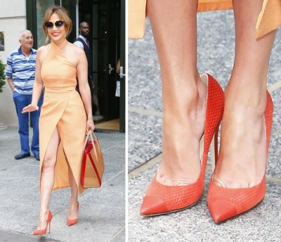Почему звезды покупают обувь на размер больше