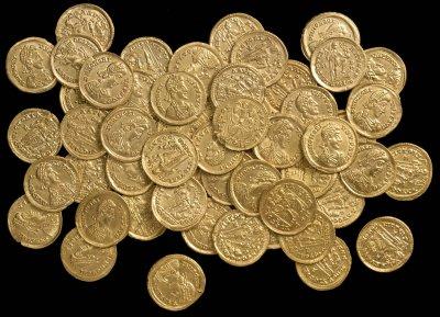 Археологи нашли крупнейший в Великобритании клад