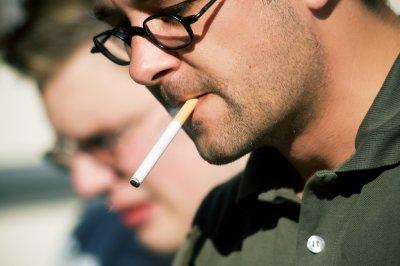 Медики рассказали об еще одной опасности пассивного курения