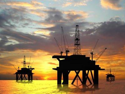 Тройка лидеров по добыче нефти в мире: США, Россия, Саудовская Аравия