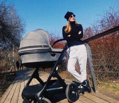 Саша Савельева показала фигуру после родов