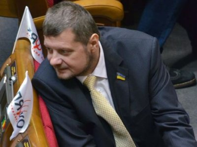 Украинский депутат Игорь Мосийчук пришел пьяным на телеэфир: видео