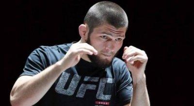 Хабиб Нурмагомедов показал, как готовится к бою с Дастином Пуарье