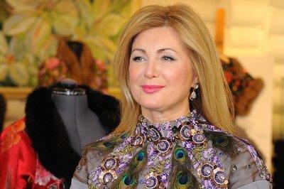 Ургант высмеял предвыборную программу певицы Вики Цыгановой