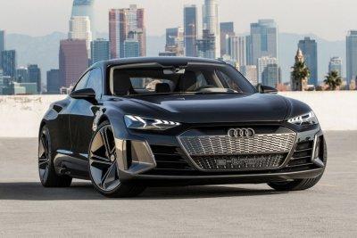 Необычная реклама нового Audi e-tron покорила фанатов