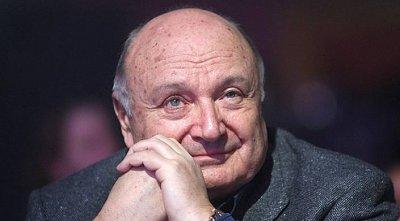 85-летний Михаил Жванецкий впервые после травмы появился на публике