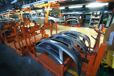 «АвтоВАЗ» остановил производство в Тольятти и Ижевске