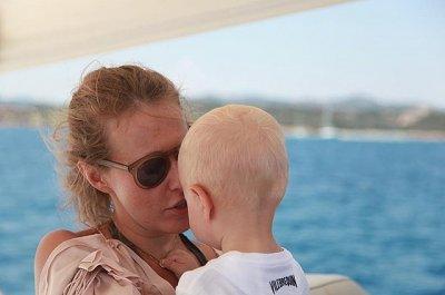Ксению Собчак затравили за публикацию фото голого сына в Инстаграме