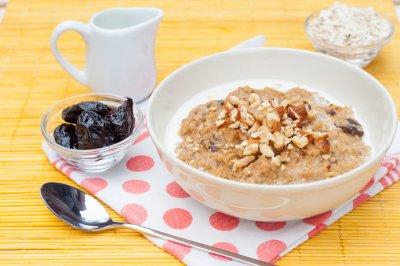 Диетологи рассказали о пяти продуктах для идеального завтрака