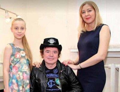 Дочери Евгения Осина разделили права на его песни