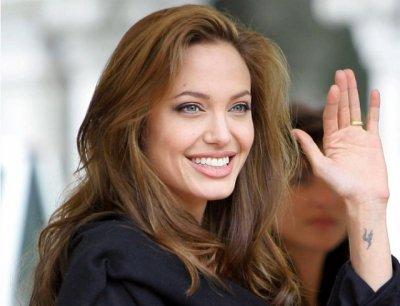 Анджелина Джоли с детьми посетила экстремальное развлечение