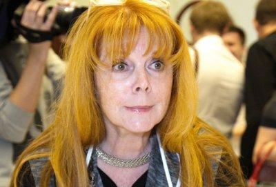 Клара Новикова рассказала, что до сих пор не может простить бывшему мужу