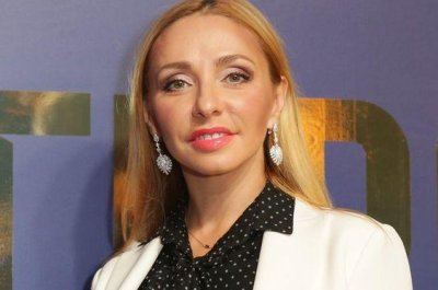 Татьяна Навка опубликовала фото без макияжа