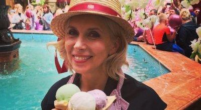 56-летняя Алена Свиридова показалась без макияжа