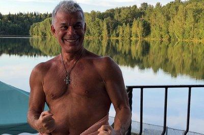 67-летний Олег Газманов продемонстрировал идеальный торс