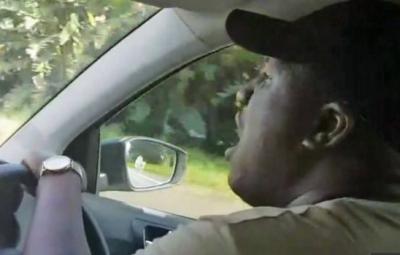 Южноафриканский таксист покорил пением интернет и стал оперным певцом