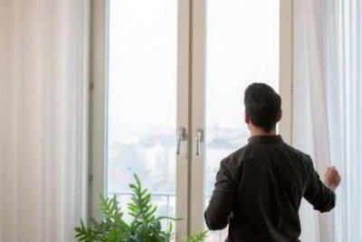 Эксперты рассказали, чем может быть опасен воздух в квартире
