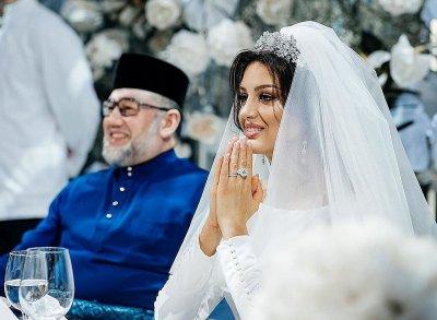 Стали известны подробности развода «Мисс Москва» и бывшего короля Малайзии