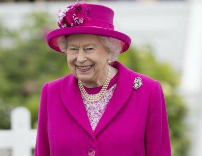 У Елизаветы II нашли четыре элитных квартиры в Москве