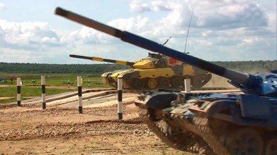 Российские танкисты установили рекорды на «Танковом биатлоне»