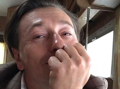 Сергей Безруков показал первые видеокадры со съемок фильма «Мистер Нокаут»