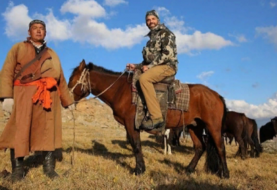 Сын и внук Дональда Трампа прожил неделю в казахской юрте