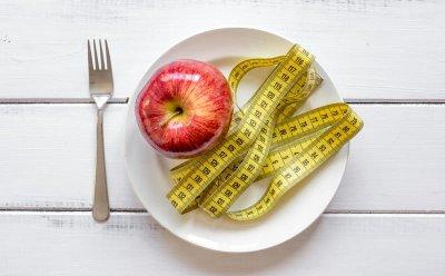 Диетологи назвали 5 самых страшных диет