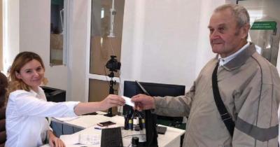 83-летний украинец сдал с первого раза на права