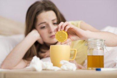 Врачи ответили, надо ли потеть, чтобы быстрее вылечить простуду
