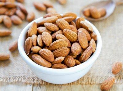 Медики назвали диетические продукты, которые можно есть на ночь