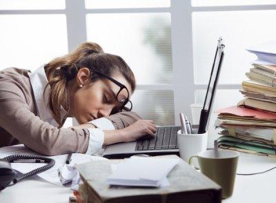 Врачи назвали болезни, при которых постоянно хочется спать