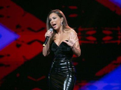 Ани Лорак представила альбом под названием «За мечтой»