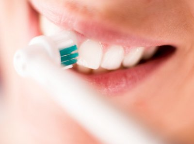 5 стоматологических мифов, которые могут навредить здоровью
