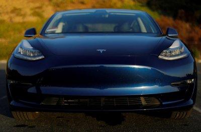 Износ флеш-памяти убивает старые электрокары Tesla
