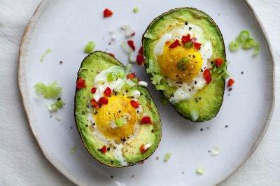 Диетологи назвали пять лучших завтраков для похудения